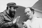 Titre original :  Cuban Prime Minister Fidel Castro and Prime Minister Pierre Elliott Trudeau join in a singalong during the P.M.'s Latin American Tour.