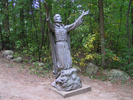 "Titre original :    Description English: Martyrs' Shrine, Midland, Ontario, Canada. Statue of Jean de Brébeuf. Français : Sanctuaire des Martyrs, Midland, Ontario, Canada. Statue de Jean de Brébeuf. Date 19 August 2006(2006-08-19) Source Own work Author Tango7174  Camera location 44° 44' 12.48"" N, 79° 50' 33.36"" W This and other images at their locations on: Google Maps - Google Earth - OpenStreetMap (Info)44.7368;-79.8426"