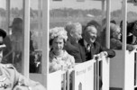 Titre original :  Her Majesty Queen Elizabeth II and Prime Minister of Canada Lester B. Pearson in the minirail at Expo 67.